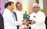 Dr. Praneeth Abeysundara Honored at the 'Jayewardenepura Pradeepa Pranama 2018'